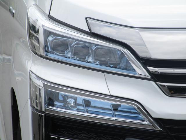 ZR Gエディション ・純正10インチナビ・後席モニター・レザーシート・プリクラッシュセーフティ・クリアランスソナー・シートヒータ&エアコン・LEDヘッドライト・パワーシート・シーケンシャル・100V・17インチアルミ・(17枚目)