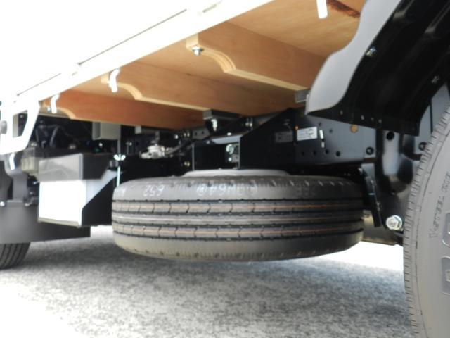 6速MT マニュアル 低床 カスタム メッキグリル スマートキー 両側電動格納ミラー 純正HID オートA/C フォグライト カスタム専用シート 安全装置(24枚目)