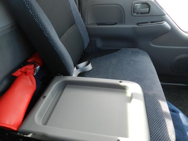 6速MT マニュアル 低床 カスタム メッキグリル スマートキー 両側電動格納ミラー 純正HID オートA/C フォグライト カスタム専用シート 安全装置(27枚目)