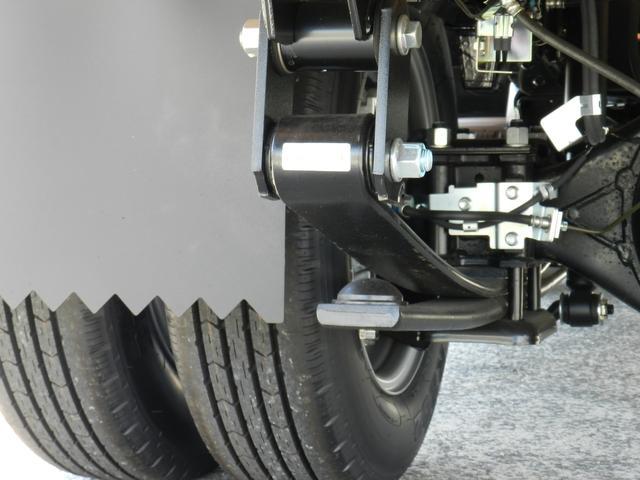6速MT マニュアル 低床 カスタム メッキグリル スマートキー 両側電動格納ミラー 純正HID オートA/C フォグライト カスタム専用シート 安全装置(31枚目)