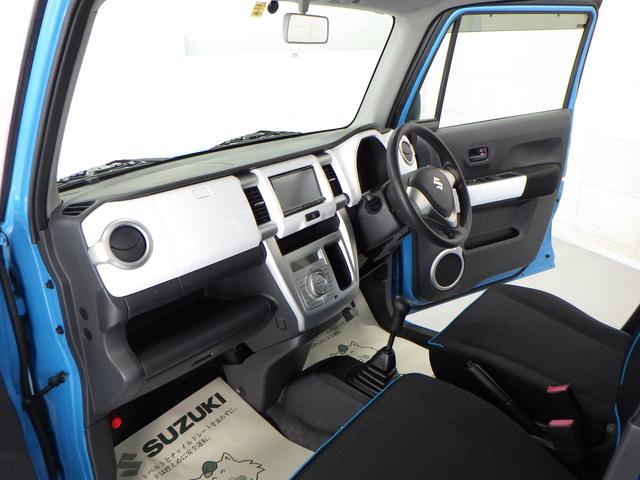 コンパクトボディーですが、広々車内♪ 使い勝手のいいハスラーです。