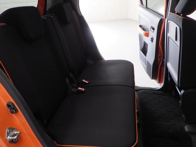 リヤシートには、ISOFIX対応のアンカーがあります。チャイルドシートをしっかり固定でき、お子様とのお出かけも安心です。