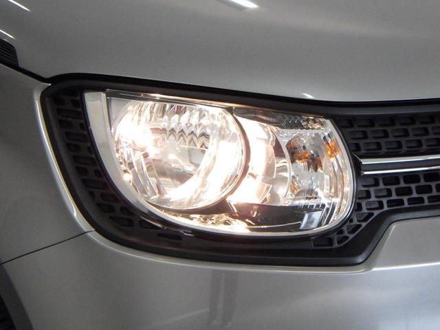 手軽にヘッドライトの高さ調節が可能な マニュアルレベリング機構付。