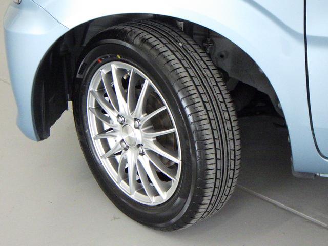 タイヤの切れ角が大きく、小回りが利きます。