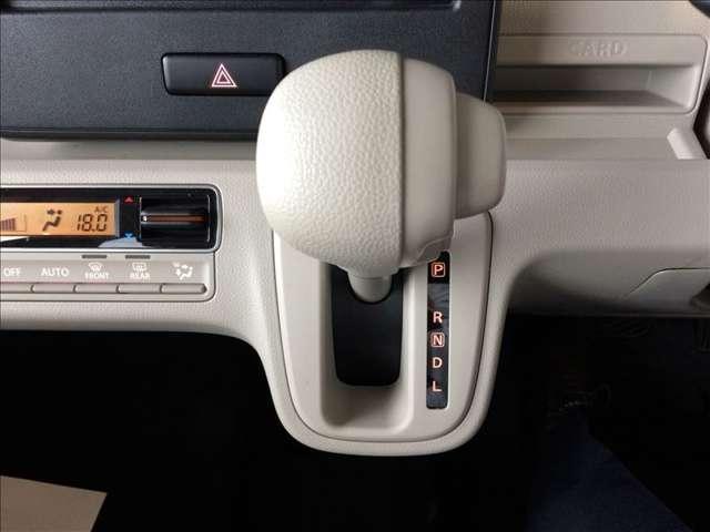 ハイブリッドFX 660 ハイブリッド FX/禁煙車/衝突軽減ブレーキ/車線逸脱警報装置/リヤコーナーセンサー/オートライト/運転席シートヒーター(9枚目)