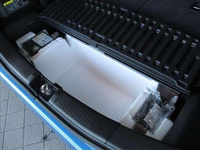 ハイブリッドFZ ハイブリッド/衝突軽減ブレーキ/コーナーセンサー/オートライト/運転席側シートヒーター/リヤコーナーセンサー/360°ビューカメラ(13枚目)