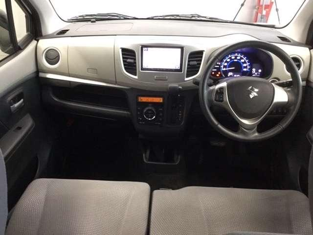 FZ メモリーナビ ETC フルセグ CTBA 運転席シートヒーター Bluetooth対応 禁煙車 ワンオーナー(2枚目)