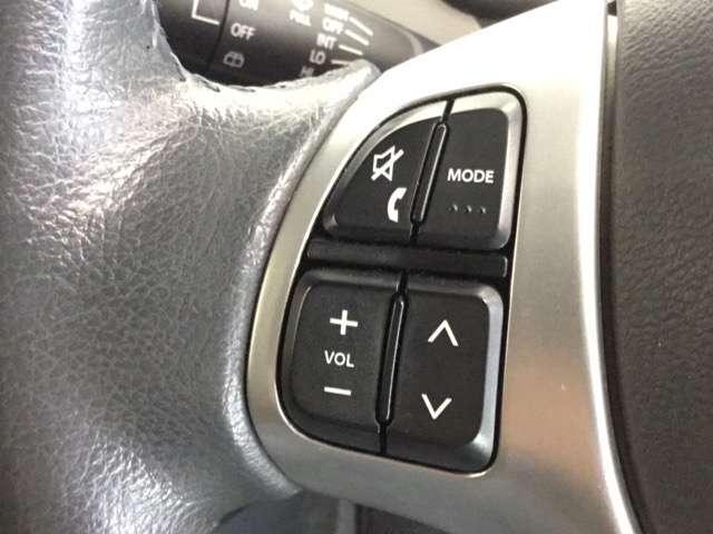 FZ メモリーナビ ETC フルセグ CTBA 運転席シートヒーター Bluetooth対応 禁煙車 ワンオーナー(4枚目)