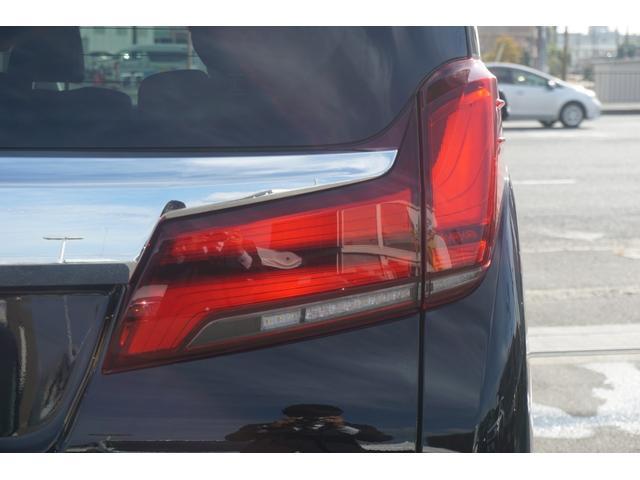 2.5S Cパッケージ 新車・ツインムーンルーフ・衝突軽減ブレーキ・レーダークルーズ・シートメモリー・シートヒーター・電動リアゲート・Dオーディオ・Bluetooth・三眼LEDヘッドライト・オートハイビーム(14枚目)