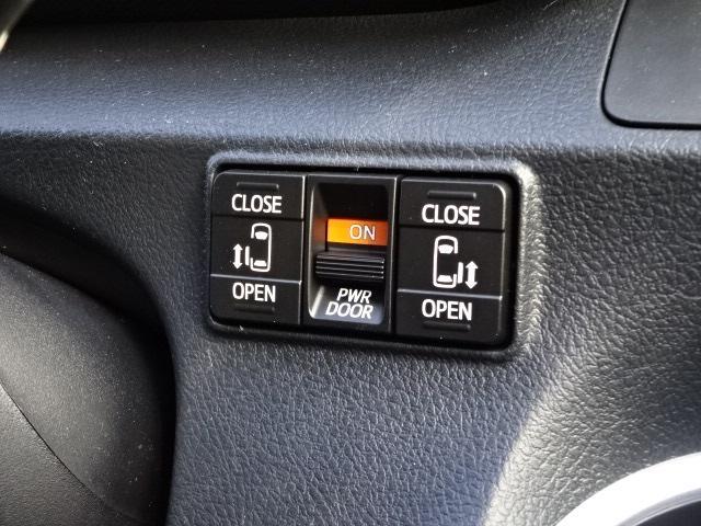 G クエロ 新車・パノラマミックビューナビレディパッケージ・ステアリングヒーター・シートヒーター・ハーフレザー・両側パワスラ・全周囲カメラ・安全ブレーキ・ソナー・レーンキープ・LEDヘッドライト・スマートキー(18枚目)
