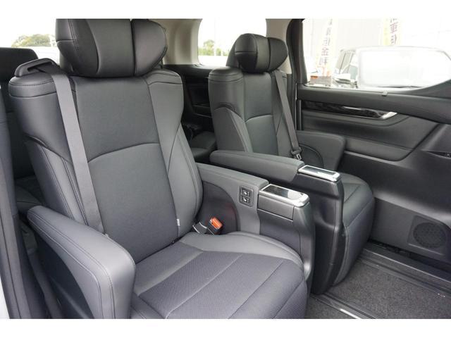 2.5S Cパッケージ 新車・ディスプレイオーディオ・三眼LEDヘッド・デジタルインナーミラー・ツインムーンルーフ・衝突防止ブレーキ・レーダークルーズ・シートメモリー・シートヒーター電動リアゲート(25枚目)