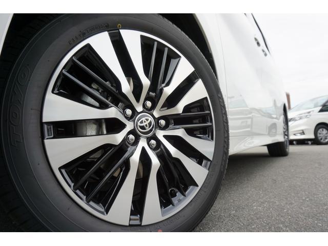 2.5S Cパッケージ 新車・ディスプレイオーディオ・三眼LEDヘッド・電動リアゲート・18AW・デジタルミラー・ムーンルーフ・トヨタセーフティセンス・ソナー・シートメモリー・シートヒーター(11枚目)