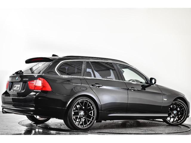320iツーリング ハイラインパッケージ 正規輸入車 純正HDDナビ/黒革シート/19インチアルミホイール/キセノンヘッドライト/ETC(11枚目)