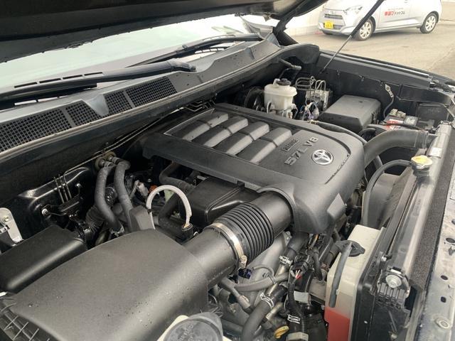 レギュラーキャブ 4方位カメラ キーレス フォグ 前後メッキバンパー ポケットスタイル オーバーフェンダー XF OFF ROAD XF222 285/50R20マットタイヤ ベンチシート ロングベット シングルキャブ(53枚目)