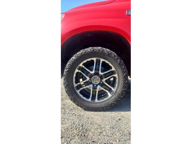 SR5 陸送費キャンペーン 新車並行 ETC ルーフレール 4WD バックモニター サイドモニター フロントカメラ 赤色 純正タイヤ積み込み 2インチリフトアップ キーレス(11枚目)