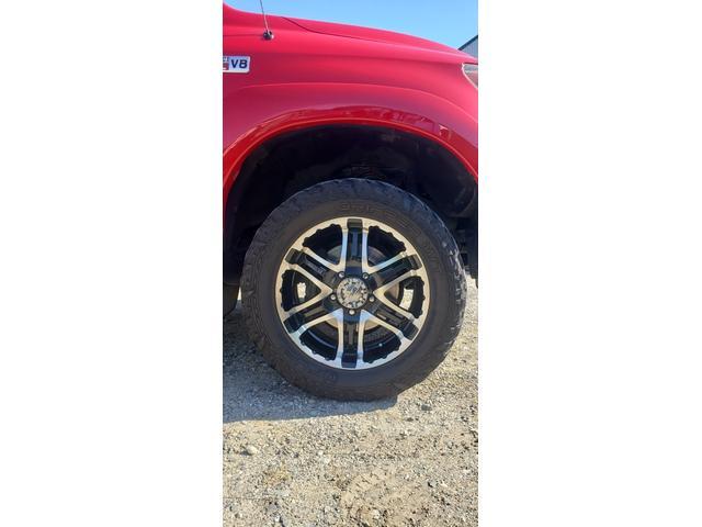 SR5 陸送費キャンペーン 新車並行 ETC ルーフレール 4WD バックモニター サイドモニター フロントカメラ 赤色 純正タイヤ積み込み 2インチリフトアップ キーレス(12枚目)