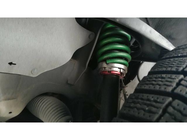 SR5 陸送費キャンペーン 新車並行 ETC ルーフレール 4WD バックモニター サイドモニター フロントカメラ 赤色 純正タイヤ積み込み 2インチリフトアップ キーレス(28枚目)