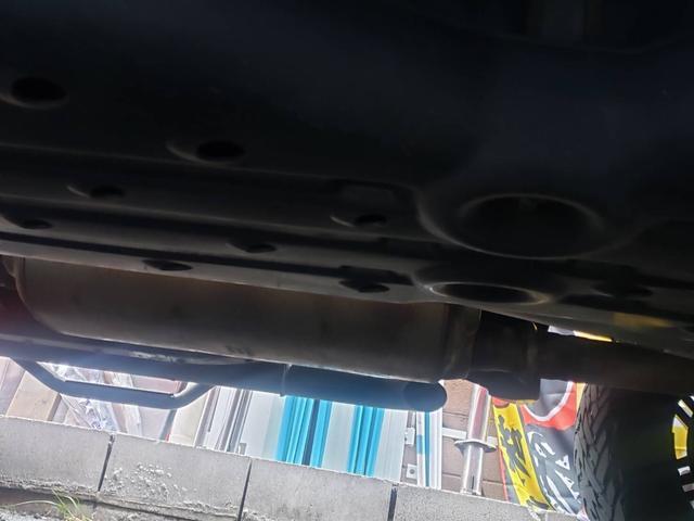 SR5 陸送費キャンペーン 新車並行 ETC ルーフレール 4WD バックモニター サイドモニター フロントカメラ 赤色 純正タイヤ積み込み 2インチリフトアップ キーレス(34枚目)