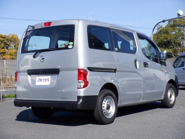 DX 5ドア 5人乗 ETC ワンオーナー車 ワイヤレスキー 点検記録簿 ドアバイザー パワーウインドウ ダブルエアバック パワーステアリング(8枚目)