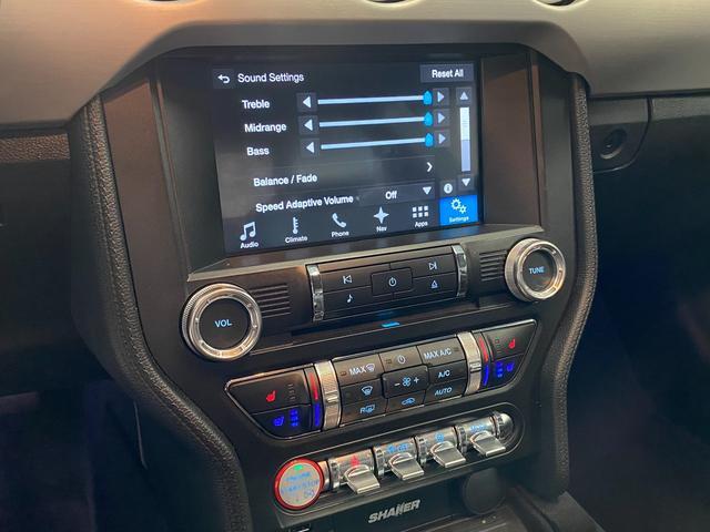 V8 GT プレミアム 新車並行・ブラックフルレザーシート・シートヒーター&クーラー・クルーズコントロール・純正18AW・バックモニター・Bluetooth・エンジンスターター付きキーレス・HID・パドルシフト・禁煙・修復無(21枚目)