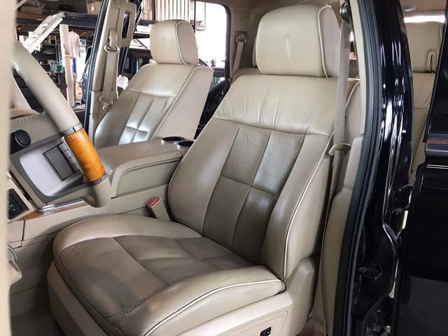 「リンカーン」「リンカーン ナビゲーター」「SUV・クロカン」「京都府」の中古車25