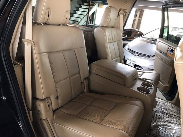 「リンカーン」「リンカーン ナビゲーター」「SUV・クロカン」「京都府」の中古車28