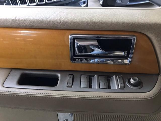 「リンカーン」「リンカーン ナビゲーター」「SUV・クロカン」「京都府」の中古車34