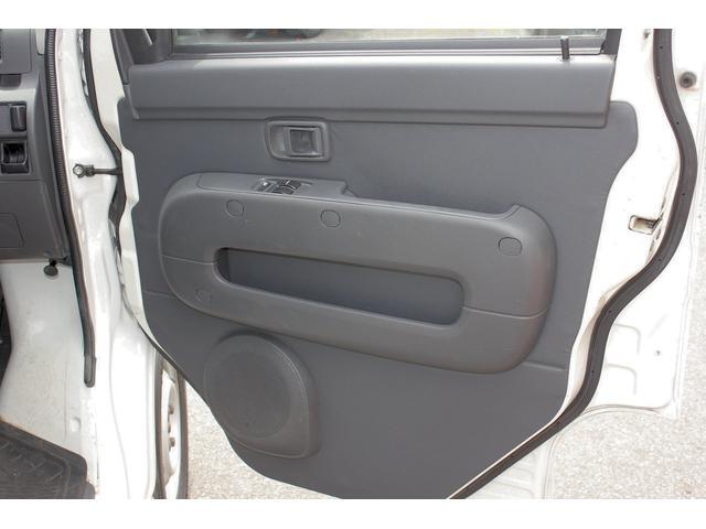 切替式4WD パワーウィンド キーレス プライバシーガラス(11枚目)