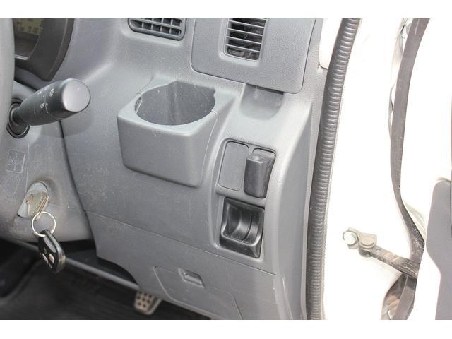 切替式4WD パワーウィンド キーレス プライバシーガラス(15枚目)
