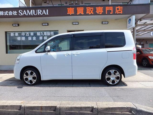 トヨタ ノア X Lセレクション1オーナー禁煙車ツインナビDTV両側パワー
