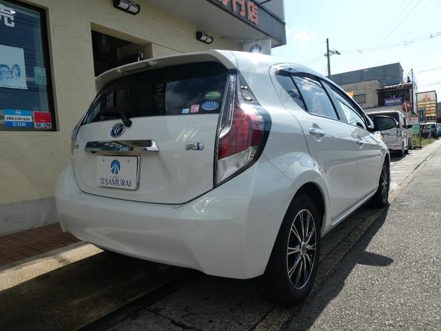 「トヨタ」「アクア」「コンパクトカー」「京都府」の中古車28