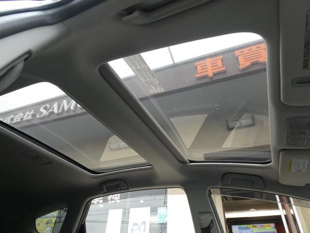 G 1オーナーユーザー様買取禁煙車 ガラスルーフ 前後ドライブレコーダー 純正フルセグナビTV アルパイン後席モニター Bカメラ Bluetooth DVD ETC LEDヘッド スマートキー 7人乗り(23枚目)