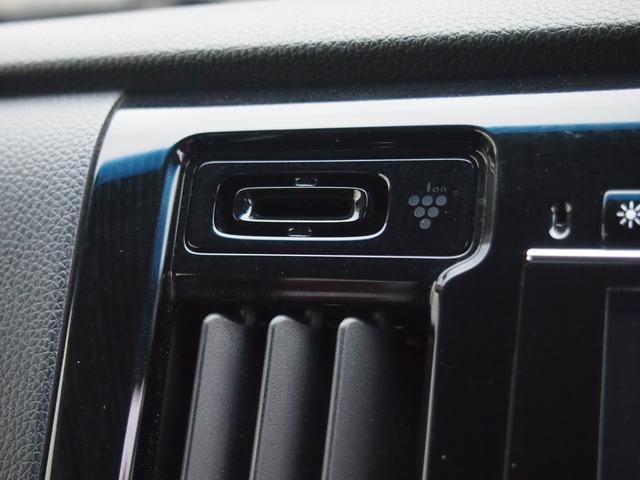 プラズマクラスターで車内の空気もキレイに。