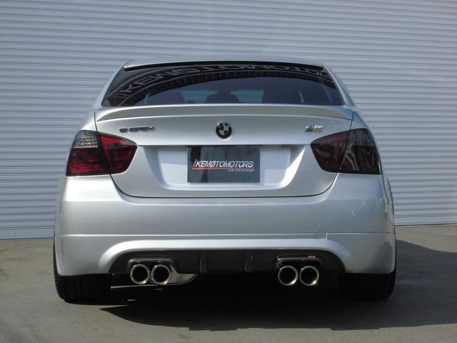 BMW BMW 325i エナジーコンプリートカー 黒革 左ハンドル 禁煙車