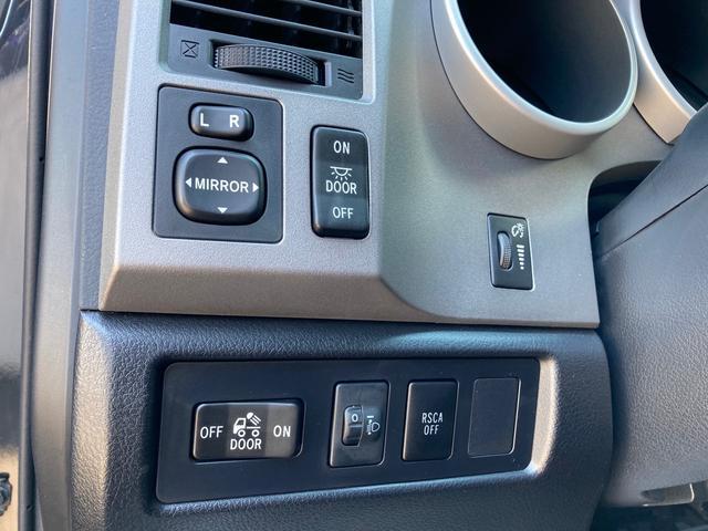 クルーマックス TRDロックウォーリアPKG 新車並行 CARFAX&オートチェック リフトアップ KMCアルミ マッドタイヤ Smittybiltフロント・リアバンパー・サイドステップ ブッシュワーカー オバフェン(29枚目)
