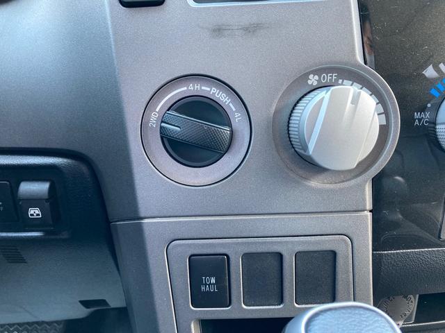 クルーマックス TRDロックウォーリアPKG 新車並行 CARFAX&オートチェック リフトアップ KMCアルミ マッドタイヤ Smittybiltフロント・リアバンパー・サイドステップ ブッシュワーカー オバフェン(35枚目)