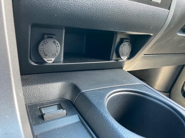 クルーマックス TRDロックウォーリアPKG 新車並行 CARFAX&オートチェック リフトアップ KMCアルミ マッドタイヤ Smittybiltフロント・リアバンパー・サイドステップ ブッシュワーカー オバフェン(37枚目)
