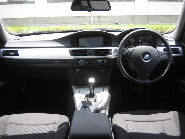 「BMW」「3シリーズ」「ステーションワゴン」「滋賀県」の中古車4
