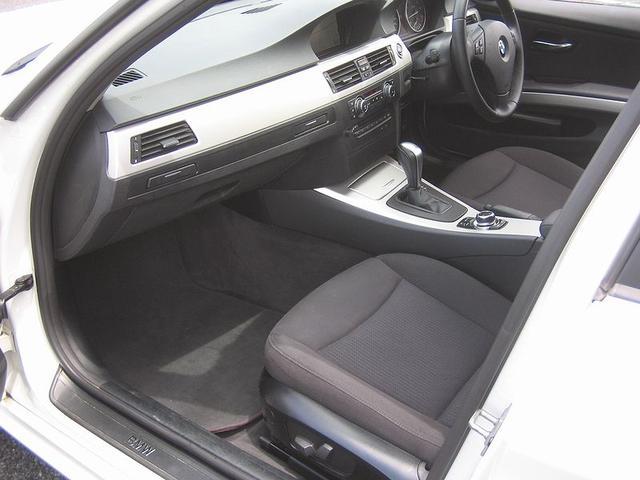 「BMW」「3シリーズ」「ステーションワゴン」「滋賀県」の中古車12
