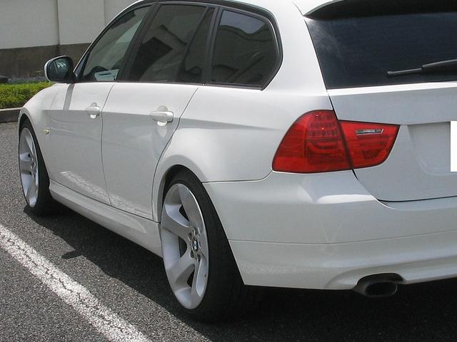 「BMW」「3シリーズ」「ステーションワゴン」「滋賀県」の中古車24