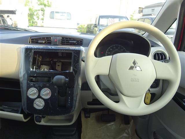 E 届出済未使用車 キーレス 電動格納式ドアミラー(9枚目)