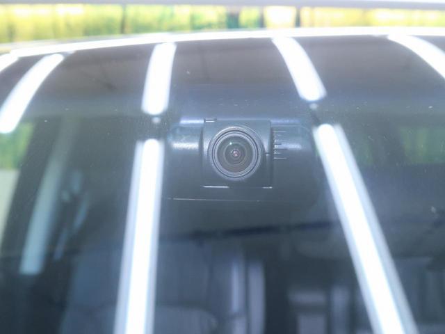 ドライブレコーダー 近年その重要性が高まっている装備です。自動車保険の示談交渉や裁判でも用いられるようになってきました!!