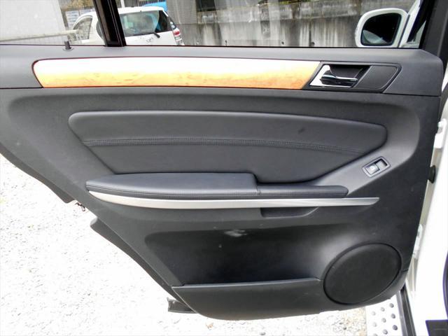 メルセデス・ベンツ M・ベンツ GL550 4マチック AMGパッケージ 社外22インチAW