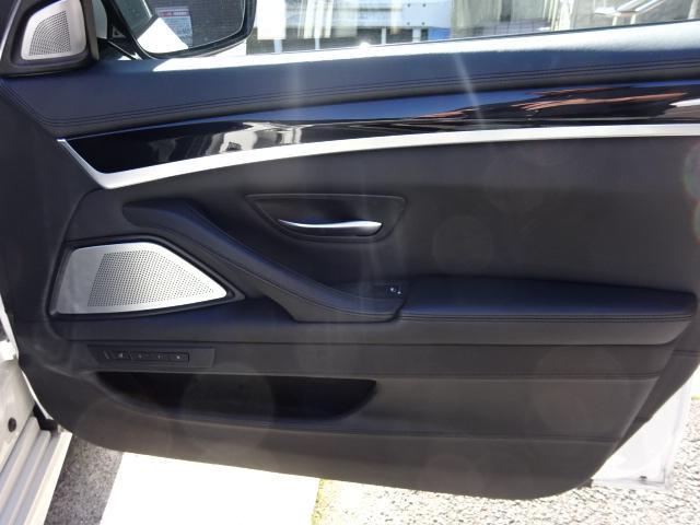 「BMW」「BMW M5」「セダン」「京都府」の中古車27
