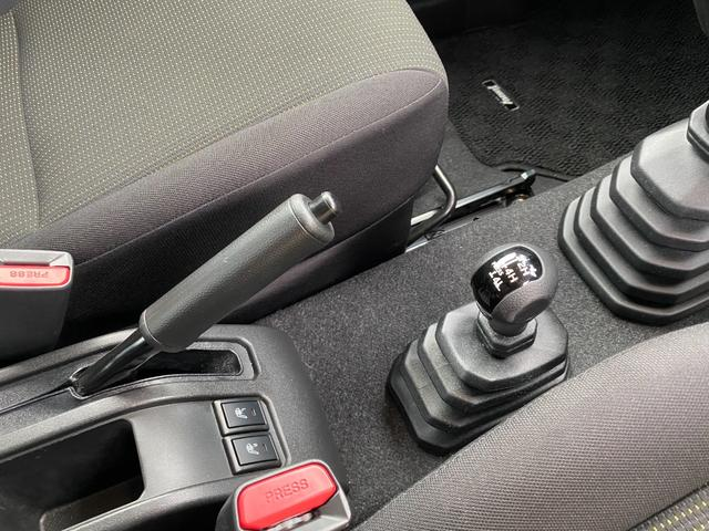 XL セーフティサポート 衝突軽減ブレーキ 車線逸脱警報 社外ナビTV Bluetooth接続可 DVD再生可 フルセグ 前席シートヒーター Bカメラ キーフリー スペアキー ドライブレコーダー(10枚目)