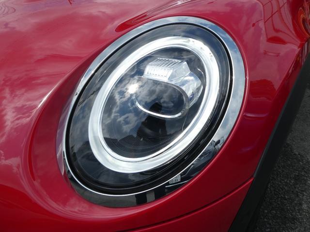 クーパー ペッパーPKG ストリートスタイル ユニオンジャックデザインLEDテール ナビゲーションPKG ドライビングアシスト 前席シートヒーター 衝突軽減ブレーキ キーフリー Bluetooth 禁煙車(8枚目)