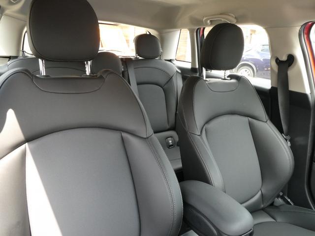 クーパー ペッパーPKG ストリートスタイル ユニオンジャックデザインLEDテール ナビゲーションPKG ドライビングアシスト 前席シートヒーター 衝突軽減ブレーキ キーフリー Bluetooth 禁煙車(62枚目)