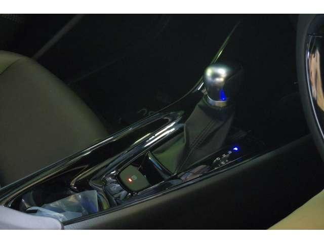 トヨタ C-HR G-T Bi-BeamLEDライト レーダクルコン