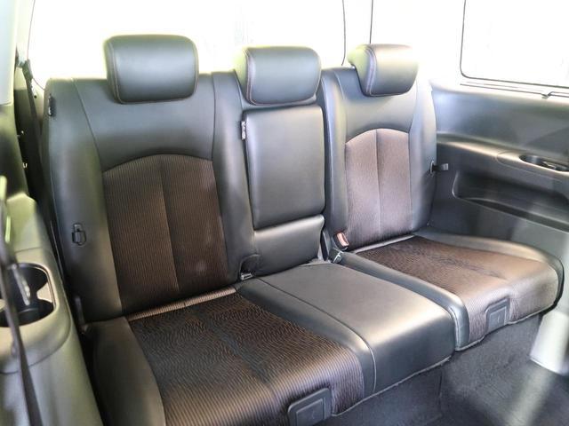 3列目シートはもちろん状態良好☆大人でもゆったりと座って頂けますので、大人数でのお出かけもラクラクです♪ご家族で、気の知れた仲間で、ドライブに行くのが楽しみですね♪