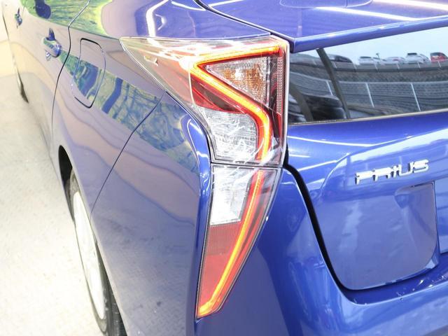 S ワンオーナー 禁煙車 4WD セーフティセンス SDナビ バックカメラ レーダークルーズ LEDヘッドライト サイドカーテンエアバッグ オートハイビーム スマートキー(26枚目)